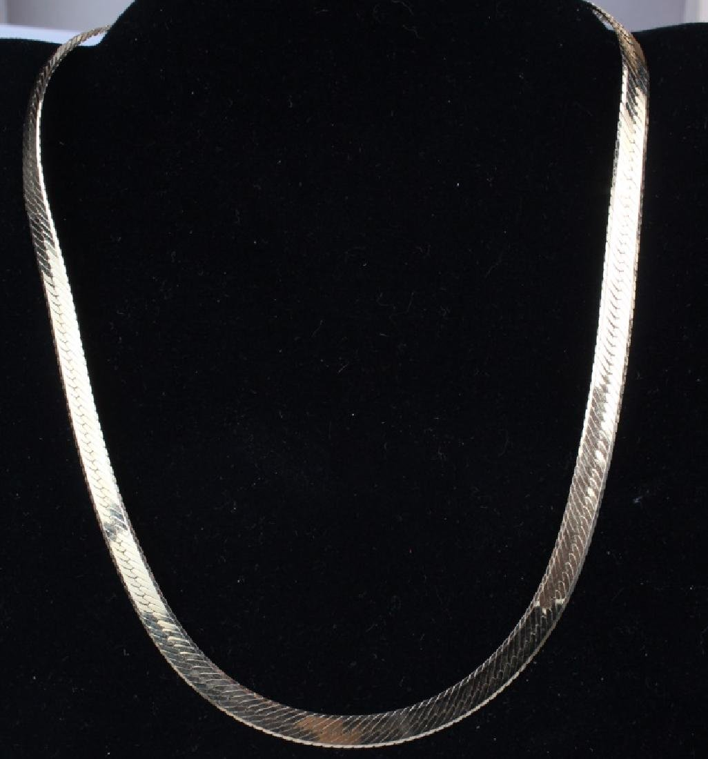 LADIES 14K YELLOW GOLD SERPENTINE NECKLACE
