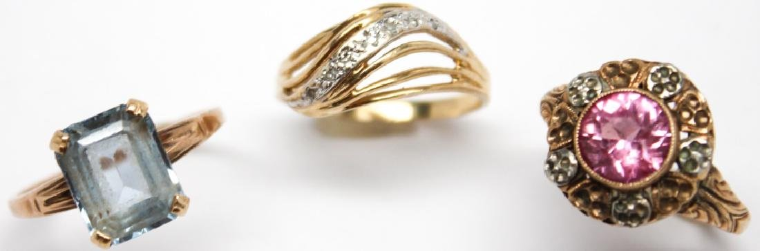 LADIES 10K YELLOW GOLD FASHION RINGS - LOT OF 3