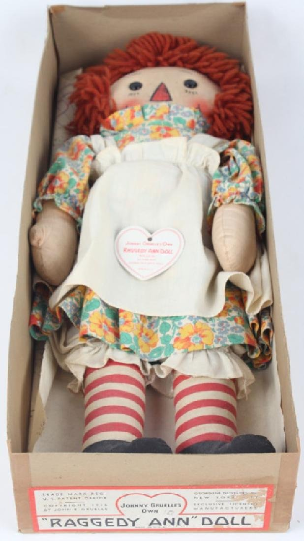 1938 RAGGEDY ANN DOLL W/ BLACK OUTLINED NOSE & BOX