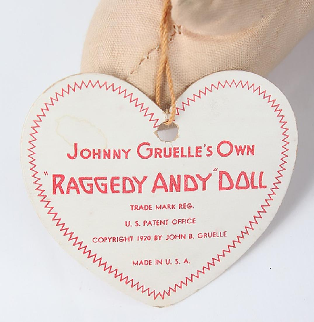 1938 RAGGEDY ANDY DOLL W/ OUTLINED NOSE & BOX - 4