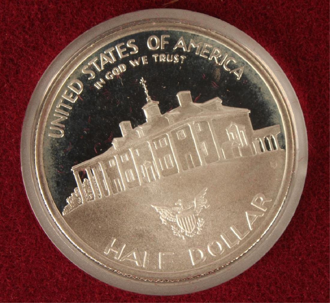 BOX OF 10 U.S. COMMEMORATIVE WASHINGTON HALVES - 6