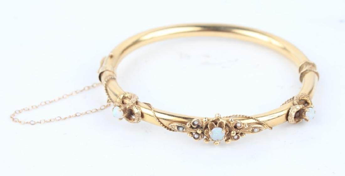 14K YELLOW GOLD & OPAL BANGLE BRACELET