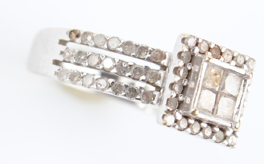 10K WHITE GOLD DIAMOND CLUSTER RING - 3