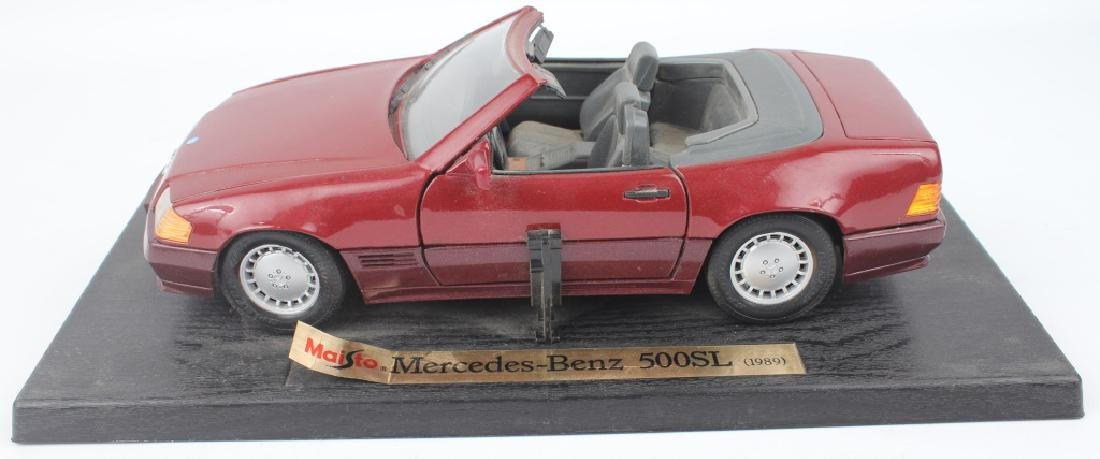 1989 MERCEDES-BENZ 500SL VINTAGE SCALE MODEL