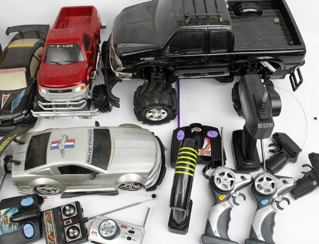 ASSORTED TOY REMOTE CONTROL CARS - 3