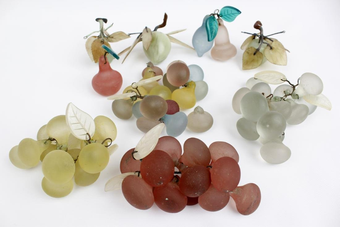 ASSORTED GLASS FRUIT