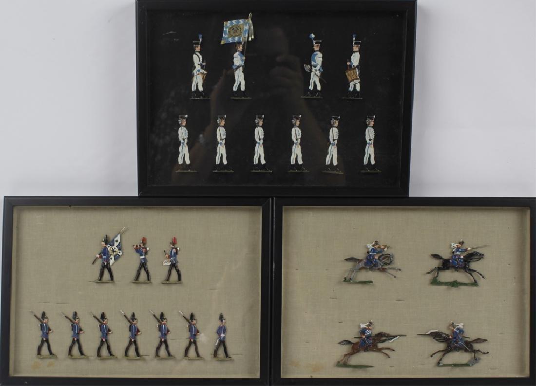 FRAMED GERMAN SCHWEIZER TIN FLAT TOY SOLDIERS -3