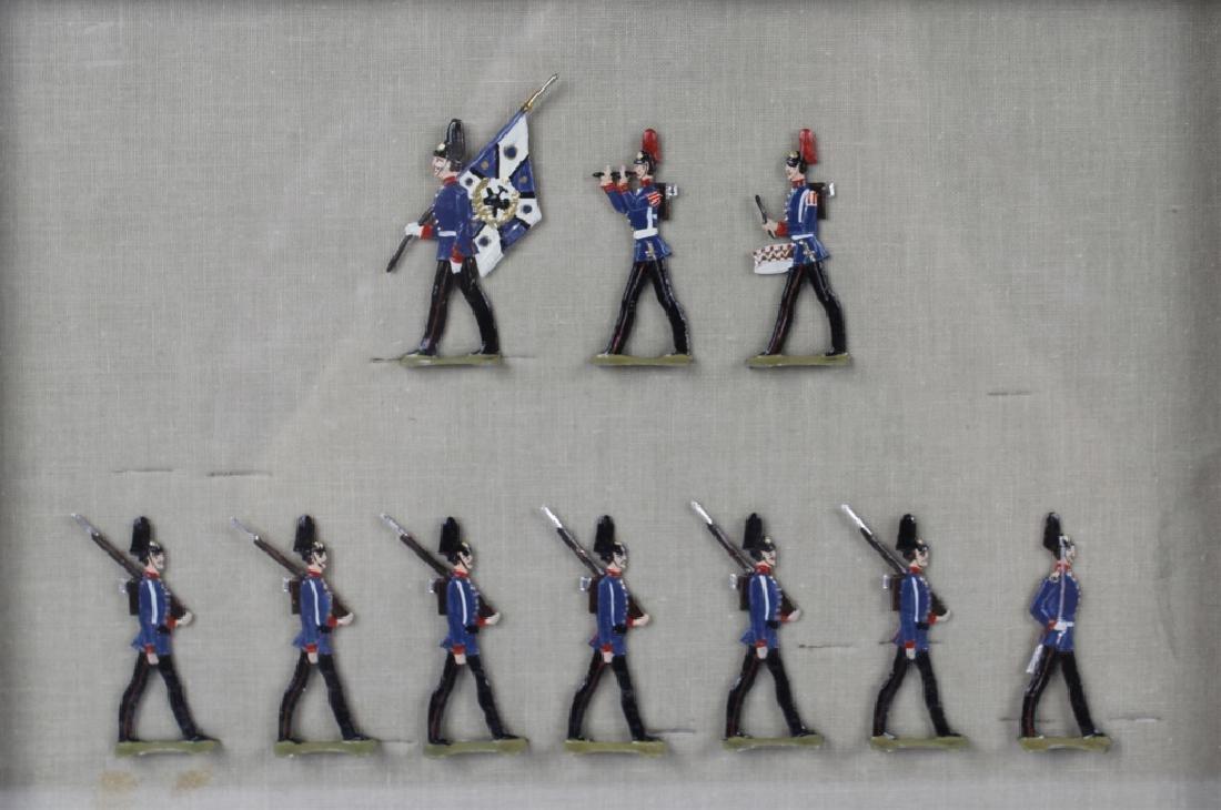 FRAMED GERMAN SCHWEIZER TIN FLAT TOY SOLDIERS -3 - 3