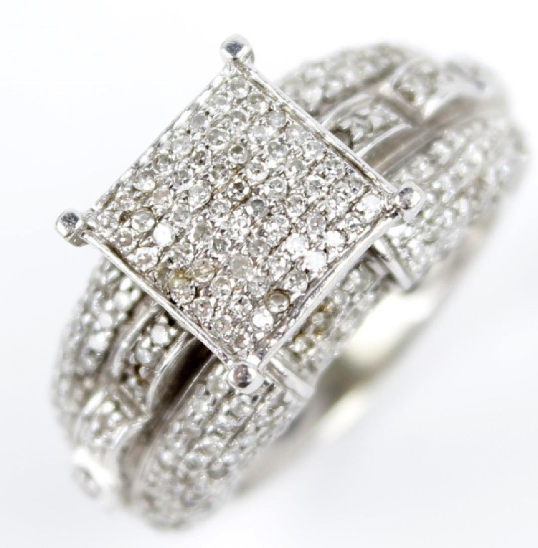 10K WHITE GOLD LADIES DIAMOND RING