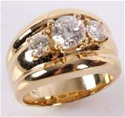LADIES 18K YELLOW GOLD THREE DIAMOND RING