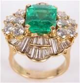 18K YELLOW GOLD EMERALD DIAMOND LADIES RING