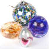 ASSORTED GLASS PAPERWEIGHTS AND ORNAMENT  4