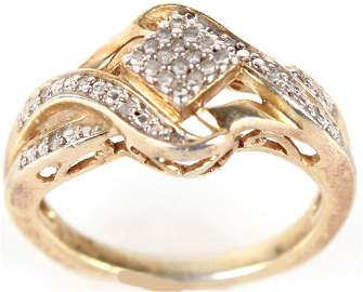 10K YELLOW GOLD DIAMOND LADIES RING - .48 CTW