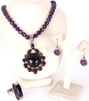 STERLING SILVER AND AMETHYST JEWELRY COLLECTION
