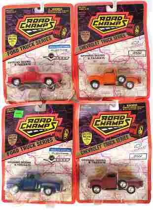 ROAD CHAMPS VINTAGE AMERICAN CAR FIGURES- LOT OF 4
