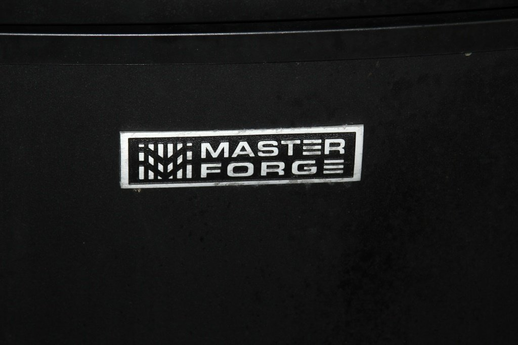 MASTER FORGE MODEL 32930 ELECTRIC SMOKER - 2