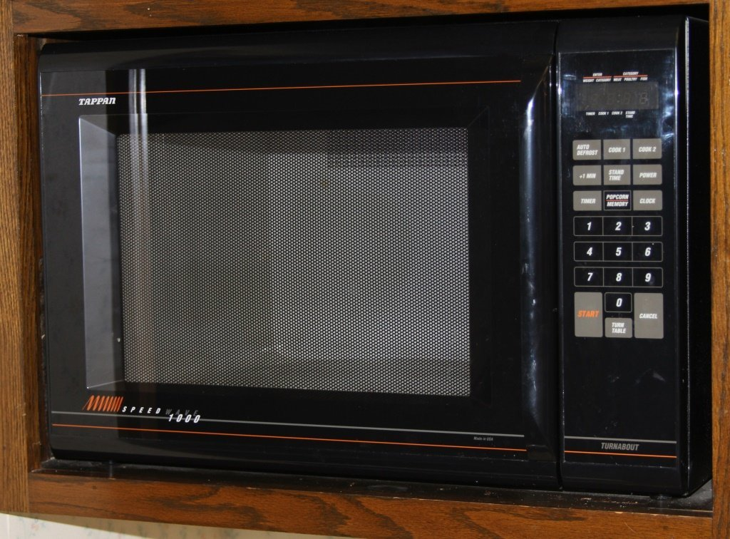 TAPPEN SPEEDWAVE 1000 MICROWAVE OVEN