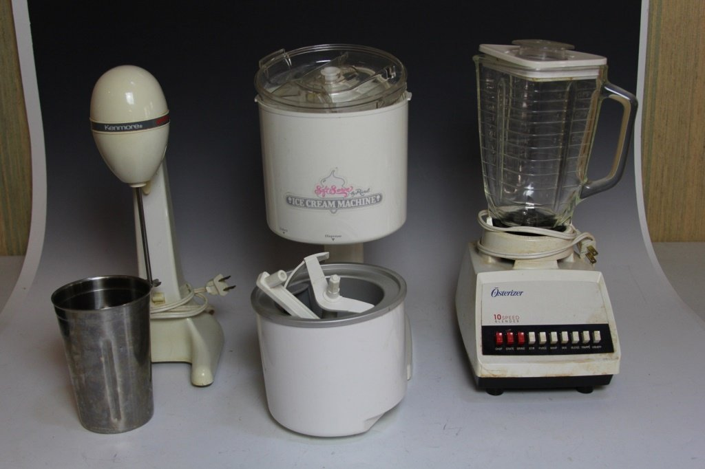 LOT OF ELECTRIC APPLIANCES MIXER BLENDER ICE CREAM