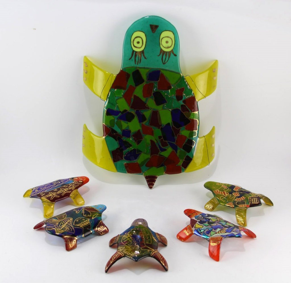 (6) FUSED GLASS TURTLE WALL HANGINGS BY WALLIN