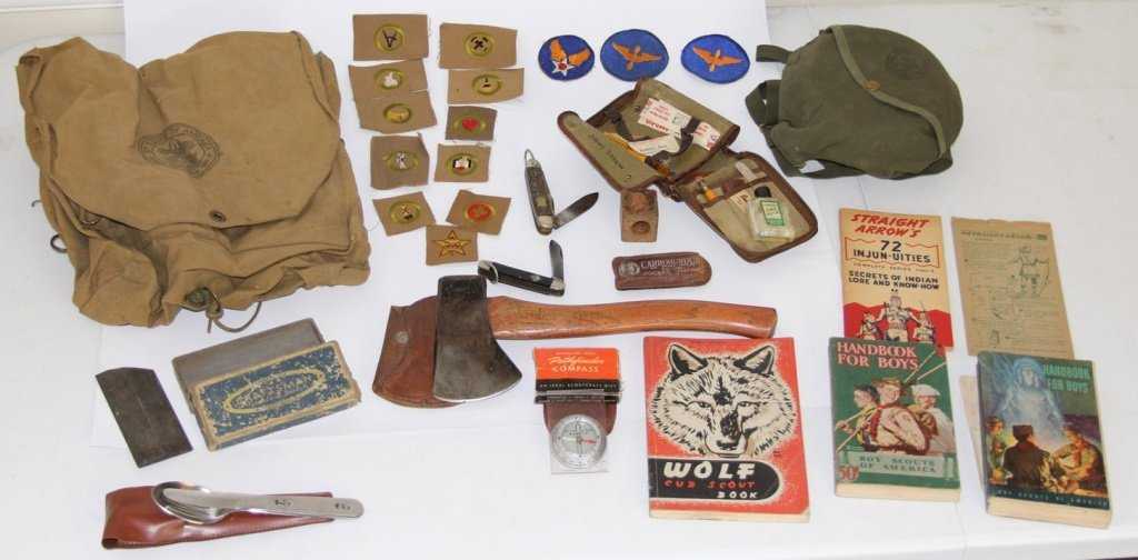 VINTAGE BOY SCOUT BSA LOT + WWII MILITARY PATCHES