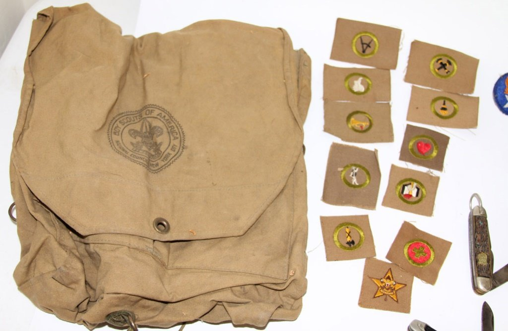 VINTAGE BOY SCOUT BSA LOT + WWII MILITARY PATCHES - 2