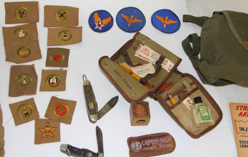 VINTAGE BOY SCOUT BSA LOT + WWII MILITARY PATCHES - 3