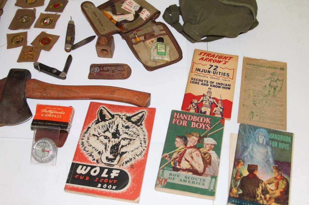 VINTAGE BOY SCOUT BSA LOT + WWII MILITARY PATCHES - 8