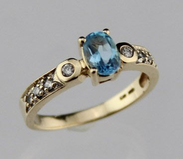 LADIES 10K YELLOW GOLD TOPAZ & DIAMOND RING
