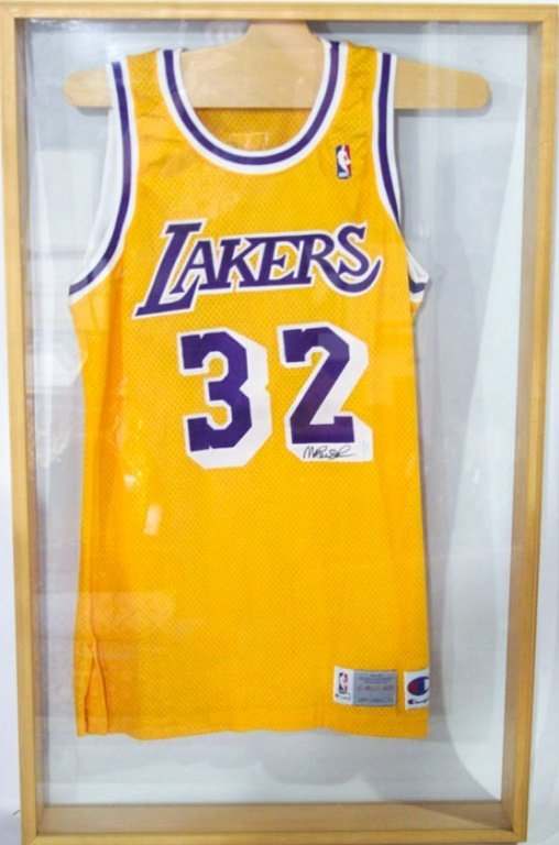 ba73f69a5f1 SIGNED LA LAKERS MAGIC JOHNSON 32 JERSEY. placeholder