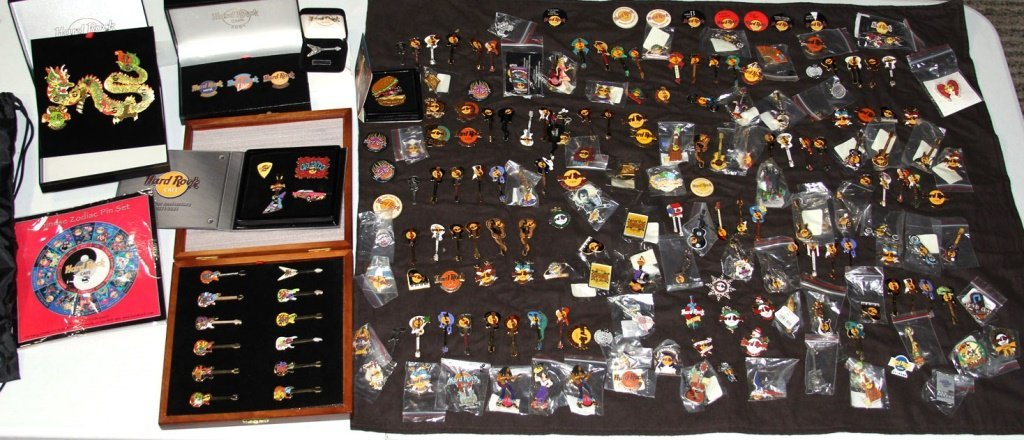MASSIVE COLLECTION HARD ROCK CAFE PINS