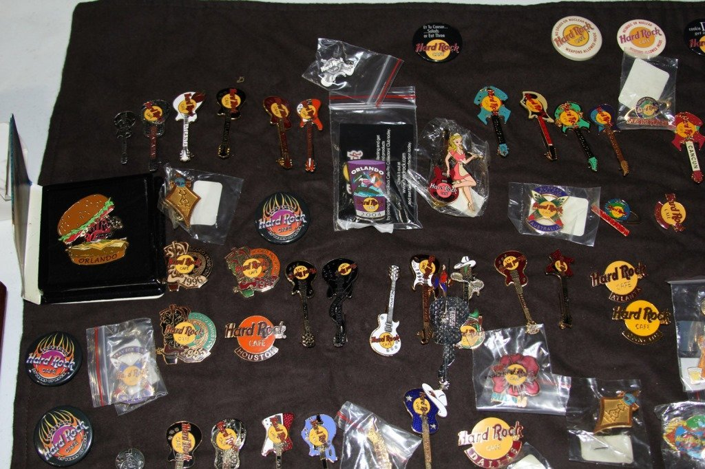 MASSIVE COLLECTION HARD ROCK CAFE PINS - 6
