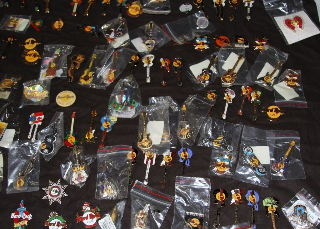 MASSIVE COLLECTION HARD ROCK CAFE PINS - 9