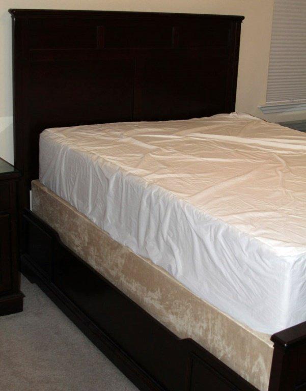 5 PC HAVERTY'S BEDROOM SUITE - 4