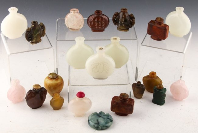 21 ASSORTED STONE CHINESE SNUFF BOTTLES