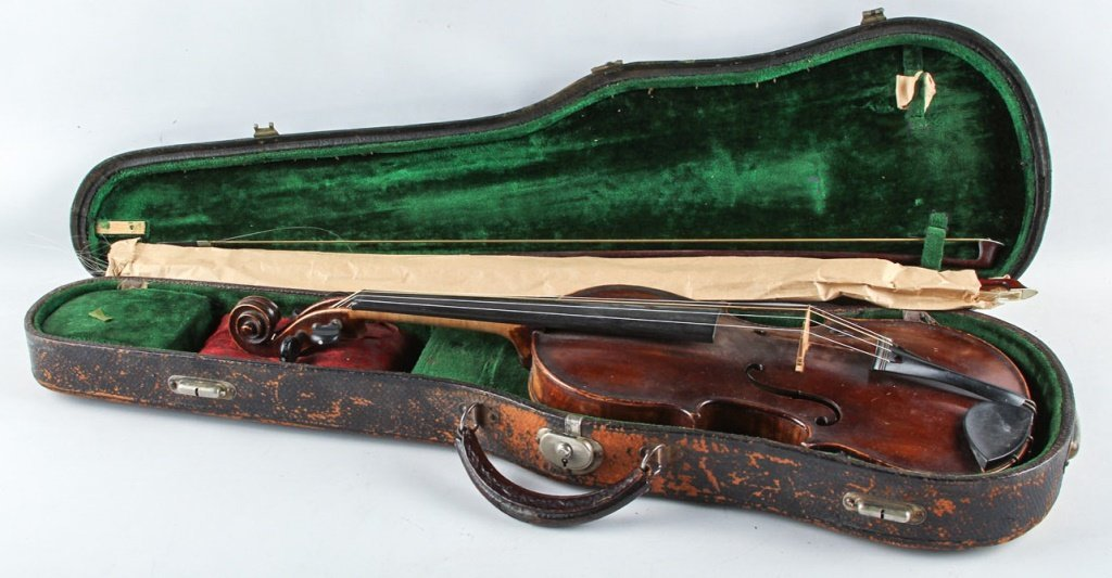EARLY 20TH C VIOLIN BY CHRLES P. COOLADGE