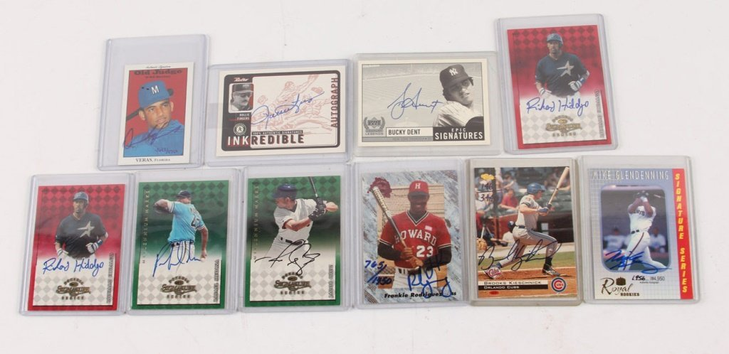 LOT OF TEN AUTOGRAPHED BASEBALL CARDS
