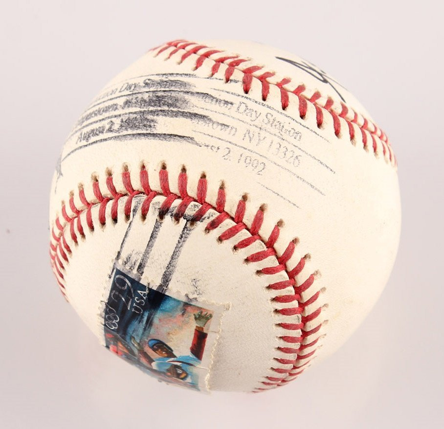 AUTOGRAPHED WILLIE MAYS BASEBALL