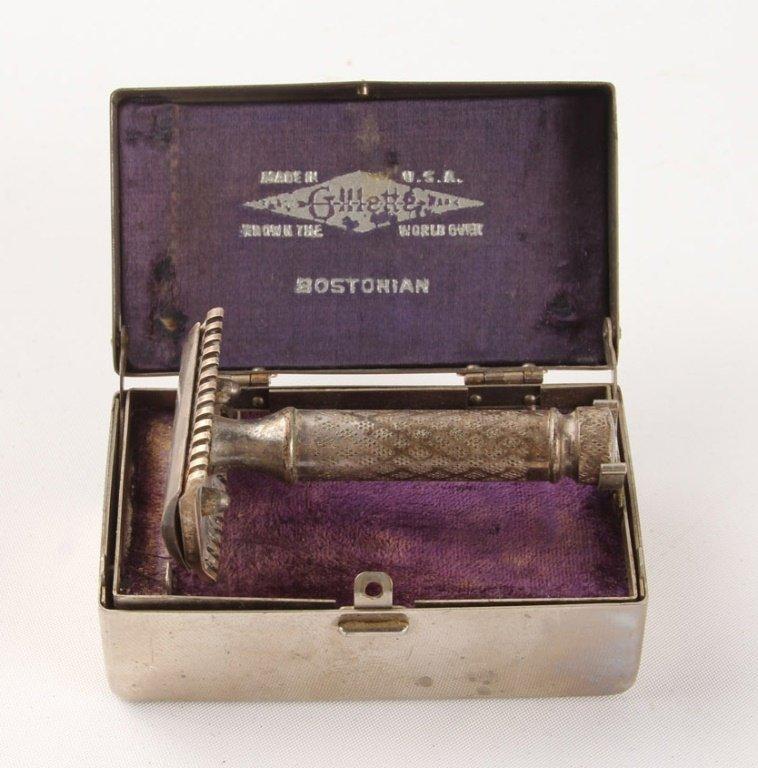 "LOT OF 2 GILLETTE 1920 ""BOSTONIAN"" SAFETY RAZORS - 2"
