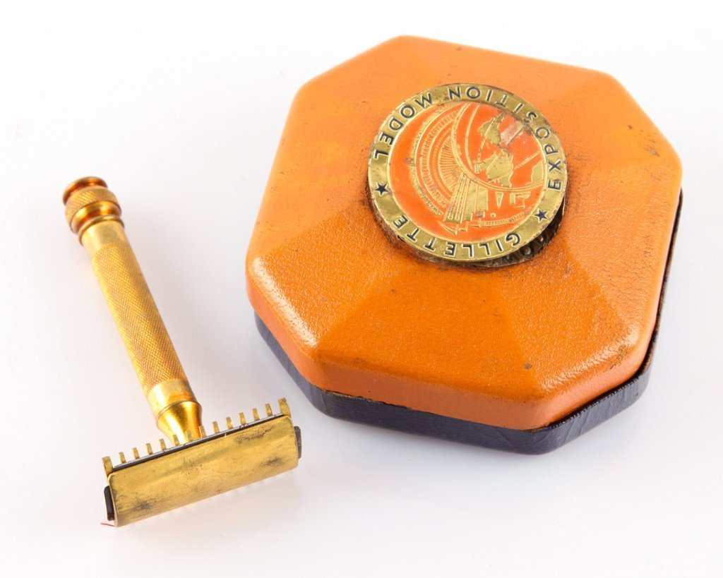 GILLETTE GOLD PLATED EXPOSITION MODEL SAFETY RAZOR - 2