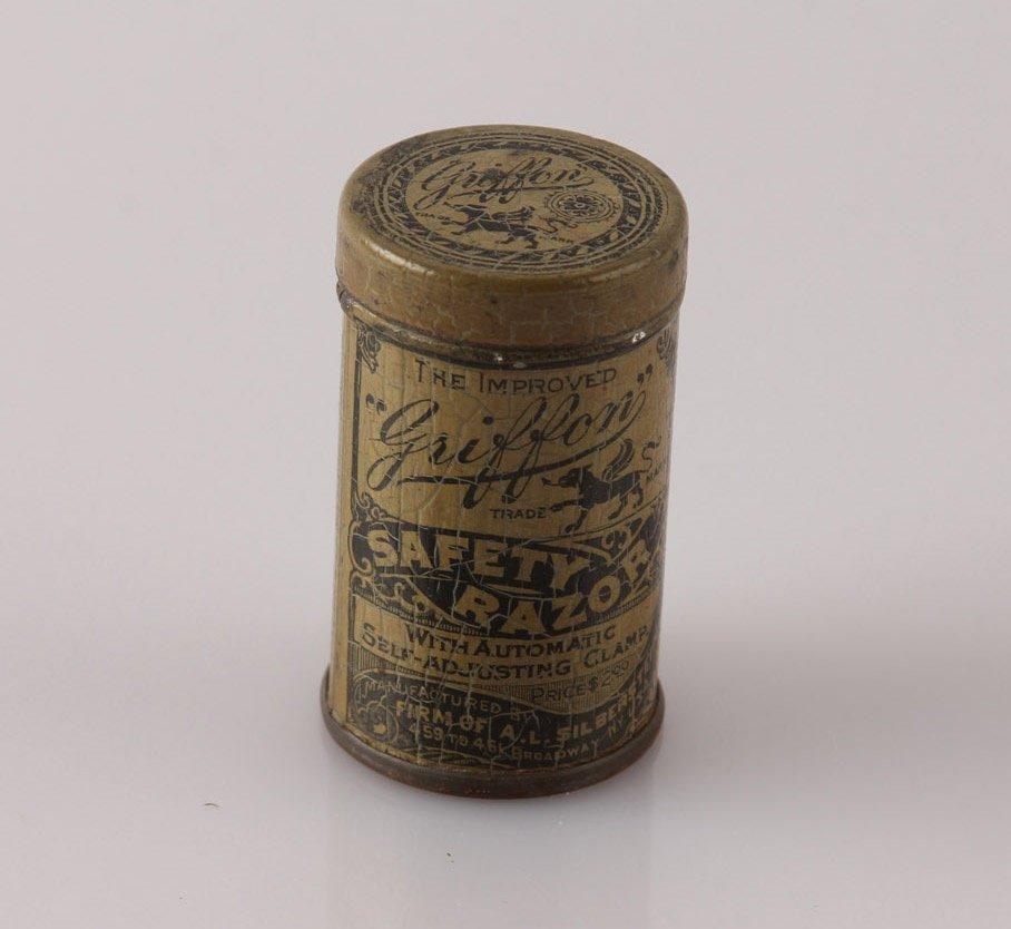 GRIFFON PAT. 1902 SAFETY LATHER CATCH RAZOR IN TIN