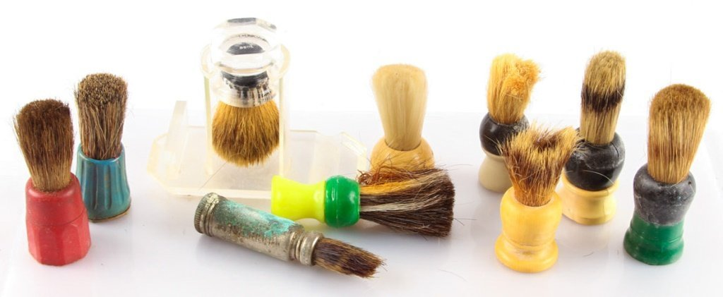 LARGE LOT OF 10 MISCELLANEOUS SHAVING BRUSHES