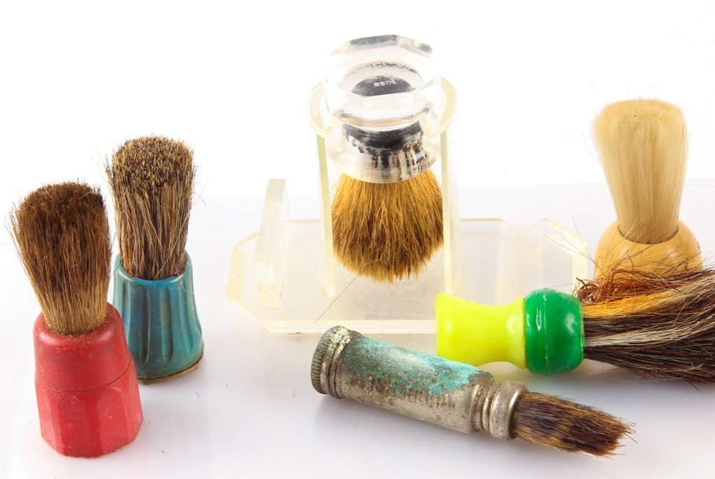 LARGE LOT OF 10 MISCELLANEOUS SHAVING BRUSHES - 2