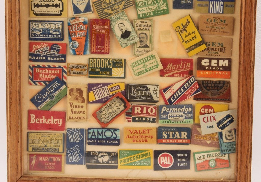 FRAMED GROUPING OF SAFETY RAZOR BLADE PACKETS - 3