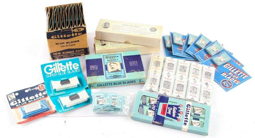 LARGE LOT OF GILLETTE SAFETY RAZOR BLADE PACKETS