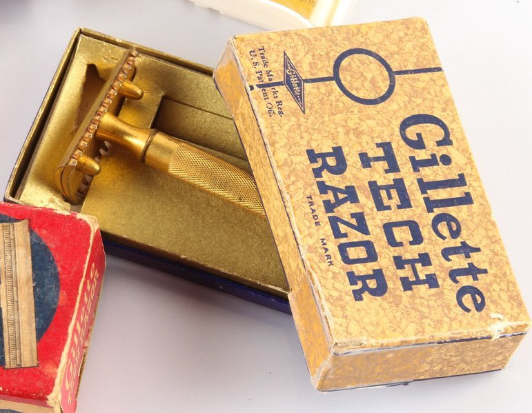 LOT OF 7 STEEL GILLETTE TECH SAFETY RAZORS - 6