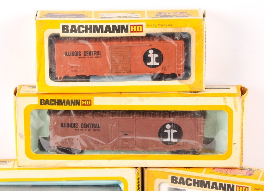 LOT OF BACHMANN, AHM, AND PMI MODEL TRAINS - 2
