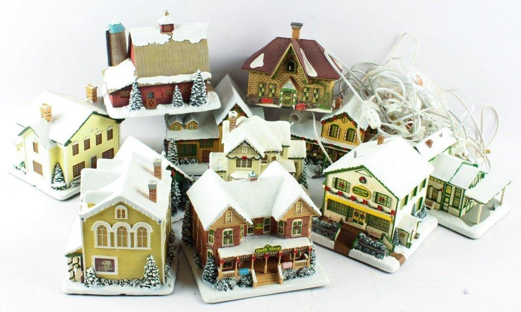 LOT OF HAWTHORNE VILLAGE CHRISTMAS TRAIN DECOS