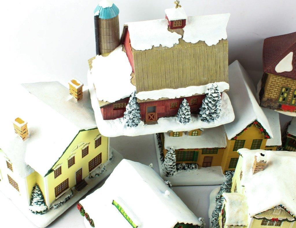 LOT OF HAWTHORNE VILLAGE CHRISTMAS TRAIN DECOS - 2