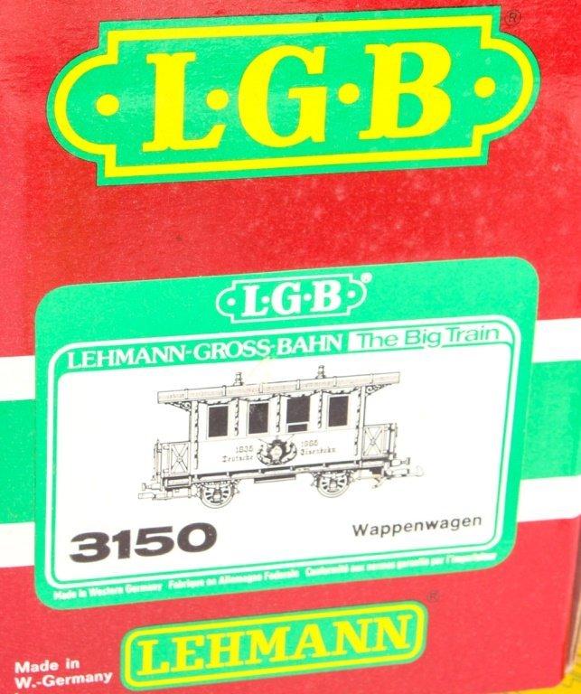 LOT OF TWO LGB TRAINS: WAPPENWAGEN & 3RD CLASS CAR - 2