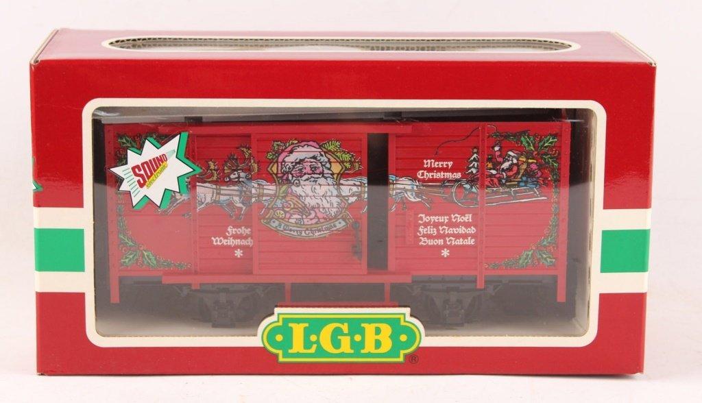 LGB 4335-S CHRISTMAS BOX CAR